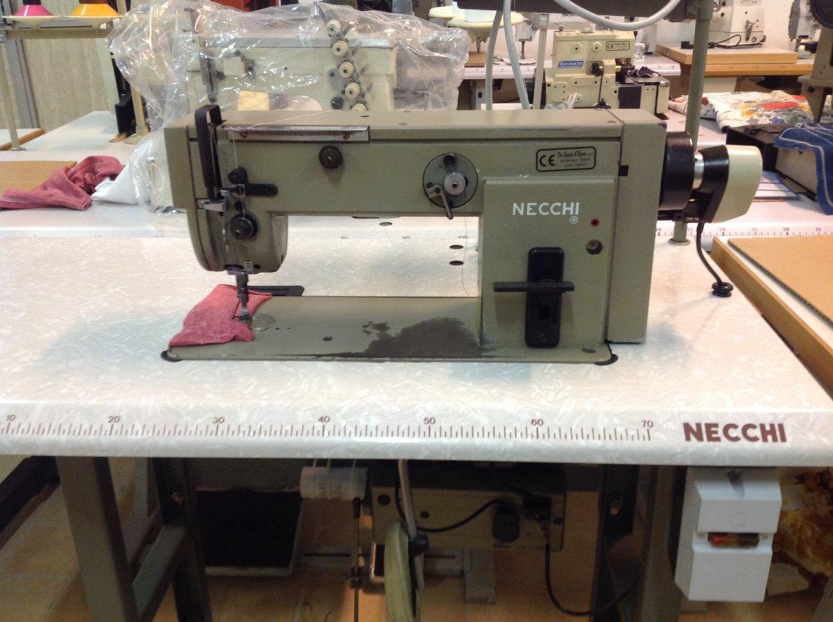 Usato necchi macchina per cucire 885 261 1 ago del - Tavolo macchina da cucire ...