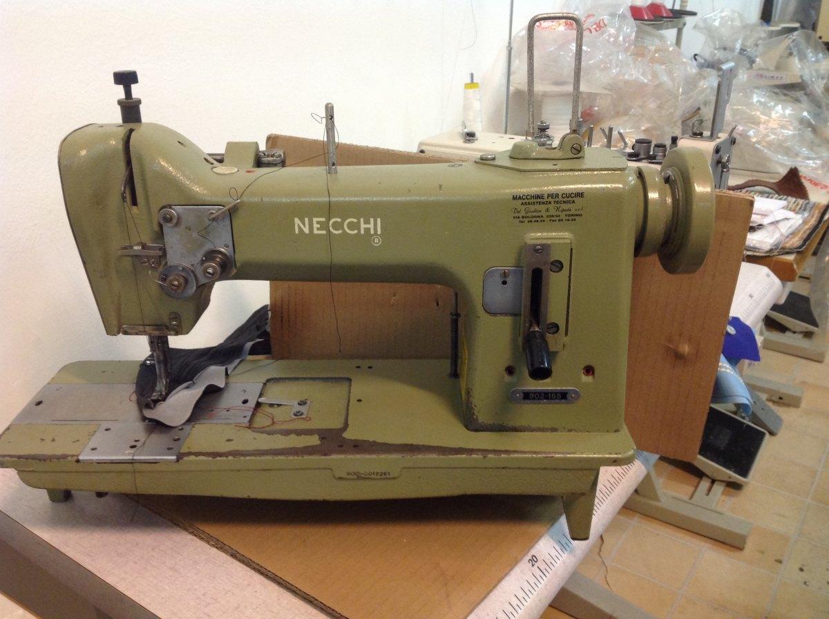 Usato necchi macchina per cucire 902 100 ad 1 ago for Prezzi macchine da cucire