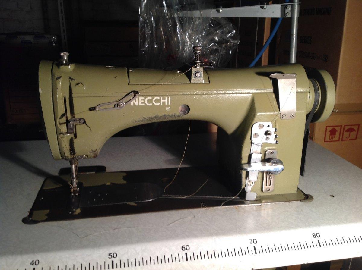 Usato necchi macchina per cucire 470 101 ad 1 ago punto - Tavolo macchina da cucire ...