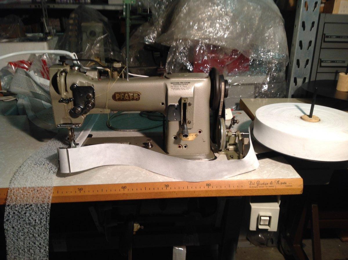 Usato pfaff macchina per cucire 545 h3 6 01 triplice for Trony macchine da cucire