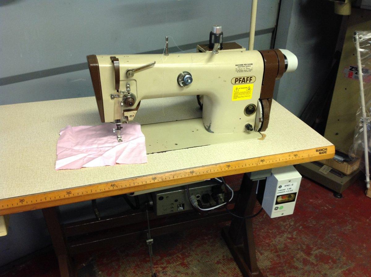 Usato pfaff macchina per cucire 483 900 911 lineare for Pfaff macchine per cucire