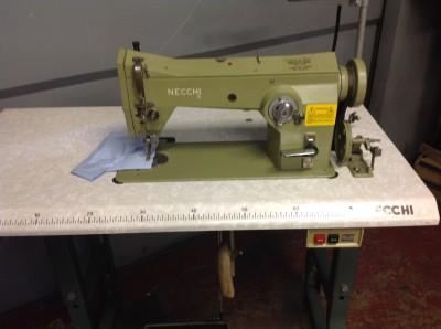Usato necchi macchina per cucire 752 100 zig zag c for Macchine per cucire necchi prezzi