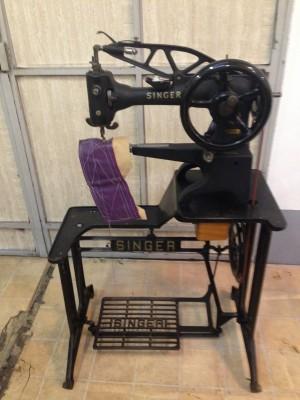 Usato singer macchina per cucire 29k51 da calzolaio for Macchine da cucire usate